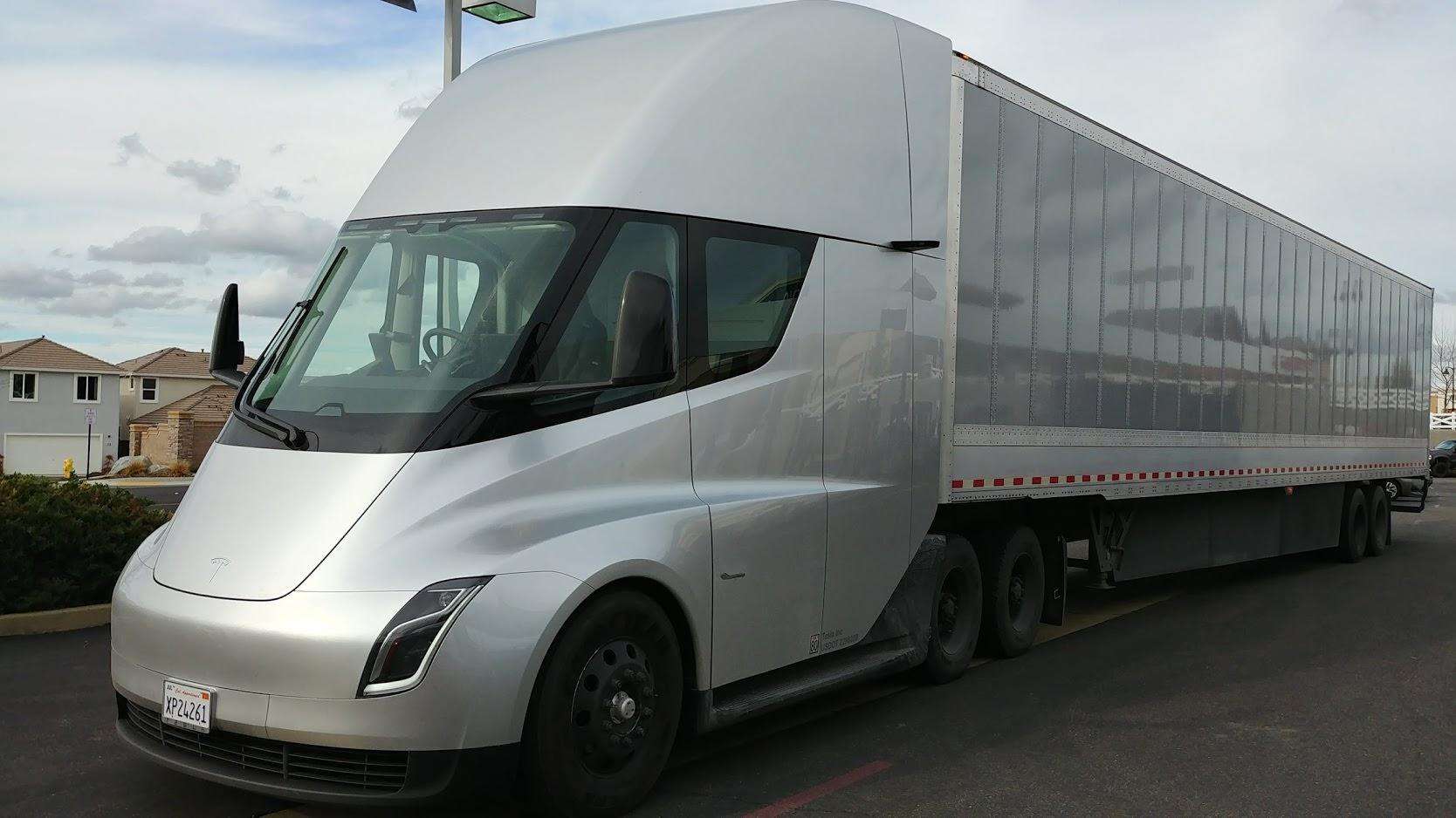 Tesla camión eléctrico.